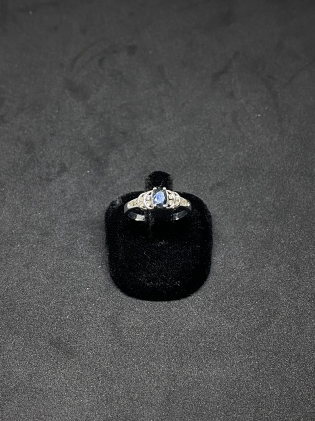 藍寶鑽戒 1