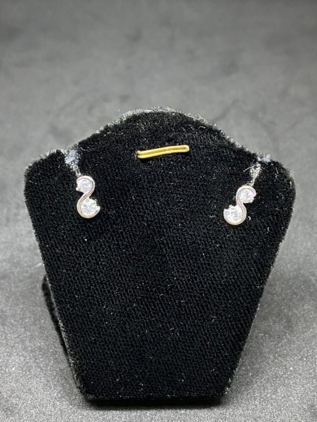 鑽石耳環(已售出) 1