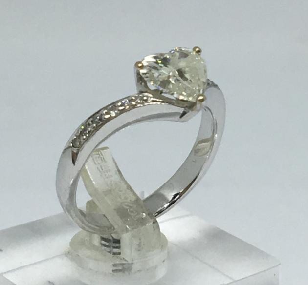 天然鑽石戒指 1克拉 1
